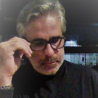 Psicoterapeuta com especialização em estresse pós-traumático, distúrbios de ansiedade e estresse, problemas de memorização e cognição. Atuo com terapias holísticas e massoterapias (massagem ayurvédica e bioenergética). Trabalho também com chessteraphy (terapia com auxílio do jogo de xadrez) com jovens e adolescentes.