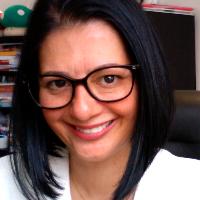 Psicóloga - Psicanalista com 26 anos de experiência clínica