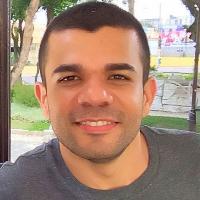 Estagiário de Psicologia da Universidade Veiga de Almeida (UVA) - RJ, ênfase em Psicologia Analítica. RA 2018.1.101538  Previsão de formação: 2021.2