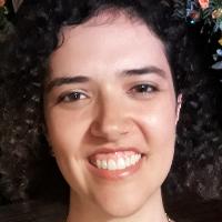 Psicóloga formada há 9 anos, Gestalt-terapeuta, experiência em atendimento clínico para adolescentes, adultos e 3a idade. Faço acompanhamento de gestantes, preparação pro parto e puerpério, além de aconselhamento e suporte para mães de forma geral. Trabalho com arteterapia.