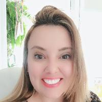 Psicóloga (CRP 06/69647) Clínica Integrativa Transpessoal Consteladora Sistêmica (Familiar e Organizacional) Coach de Saúde Integrativa Consultora de Carreira/ Coach Profissional/ Orientadora Profissional Psicoterapeuta Breve Hipnoterapeuta Clínica.